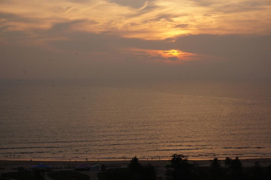 mandrem-beach-hill-view