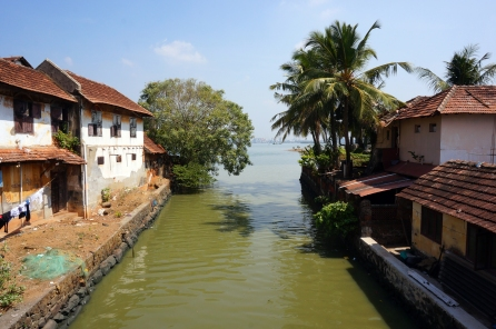 Fort Kochi, complete with canals. Anyone for a swim? Haha...no thanks!