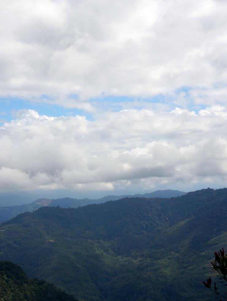 kinabalu-national-park-view-02-740