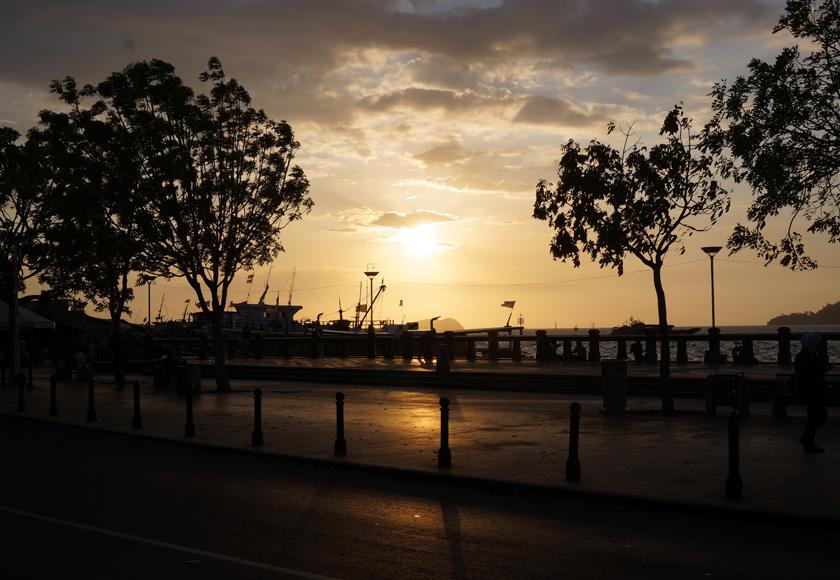 kk-waterfront-sunset-04-840