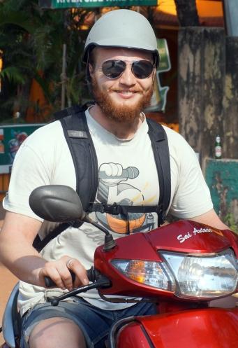 otis-moped-01
