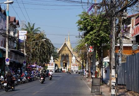 chiang-mai-streets-01-840