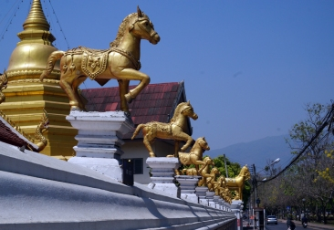 chiang-mai-temples-02-840