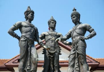 chiang-mai-three-kings-01-840