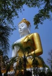 doi-suthep-temple-03-740