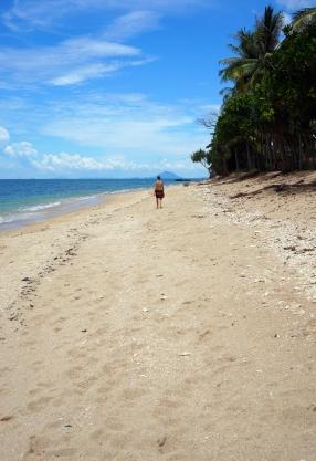 koh-lanta-beach-soph-01-740
