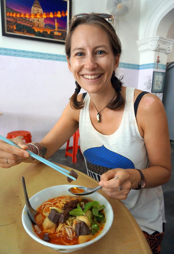 penang-food-curry-mee-01-740