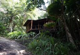 cape-trib-abandoned-resort-02-840
