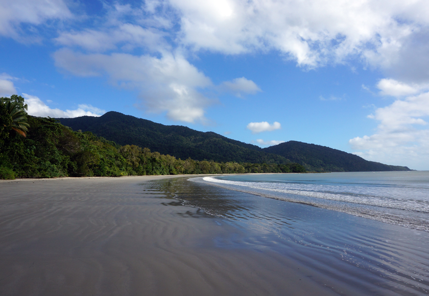 cape-tribulation-beach-01-840