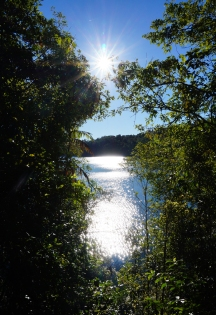 lake-barrine-01-740