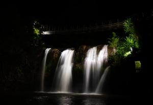 paronella-park-mena-creek-falls-01-840