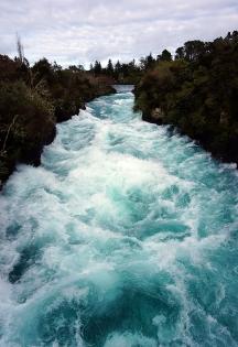 huka-falls-01-740