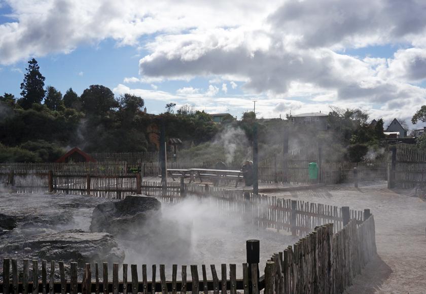 whakarewarewa-village-01-840