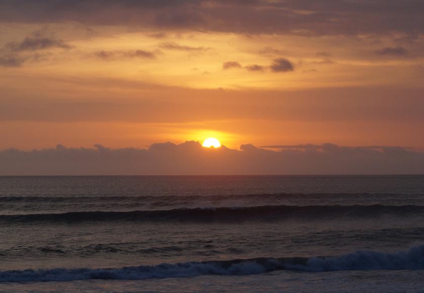 seminyak-sunset-01-840